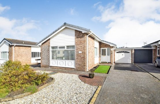 2 bedroom Link Detached Bungalow